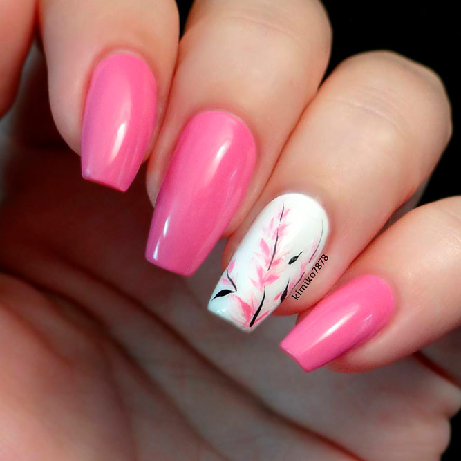 Sweet Floral Nails Art picture 3