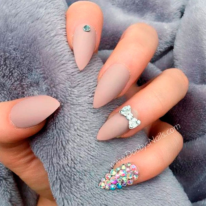 Best Nude Matte Bling Nails picture 3