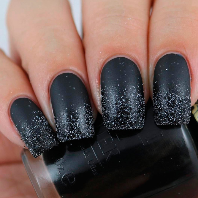 Chic Ideas for Matte Black Manicure picture 1