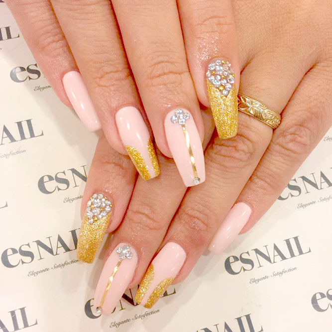 Lovely Designs for Coffin Nails picture 3