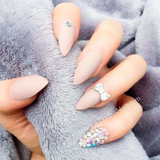 Gorgeous Matte Nude Nail Designs picture 3