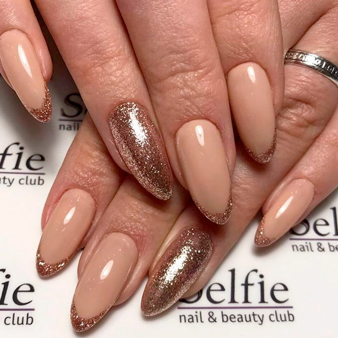 Almond Nails with Gold Shine picture 2