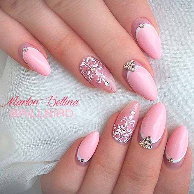 Cute and Sweet Pink Almond Nail Designs picture 3
