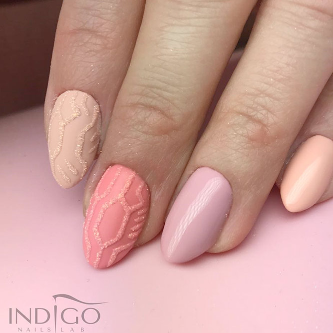 Different Designs for Short Almond Nails picture 1