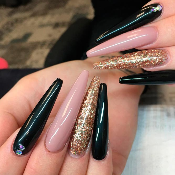 Perfect Long Nails Designs for Glamorous Girls picture 3 - Brilliant Long Nail Designs To Try NailDesignsJournal.com