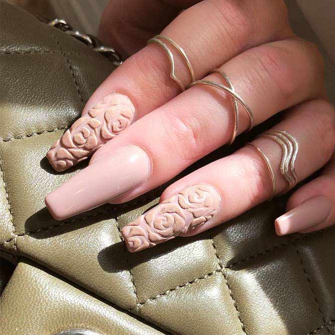 Long Nail Designs With Metallic Stripes picture 3