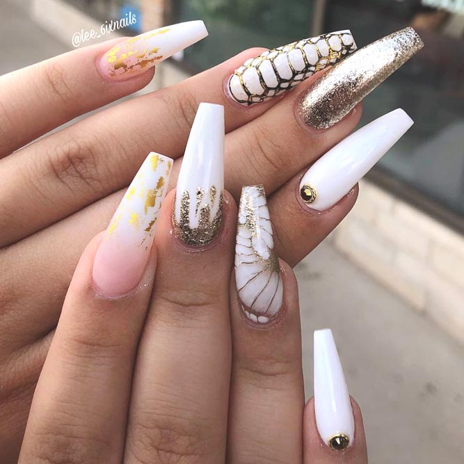 Reptile Skin Nail Designs For Long White Nails #coffinnails #glitternails #whitenails #reptilenails