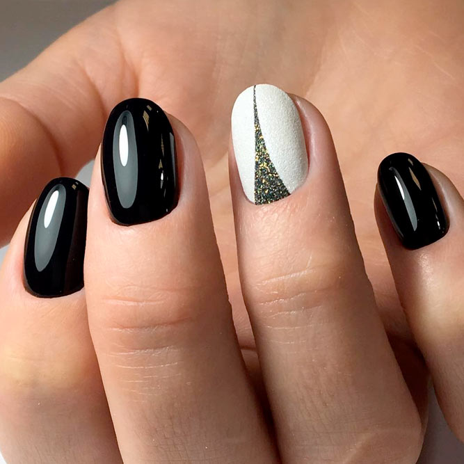 Nice White and Black Nail Designs picture 1