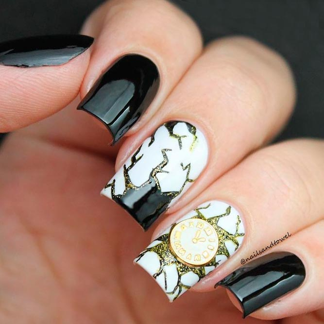 Beautiful Black and White Nail Art picture 3