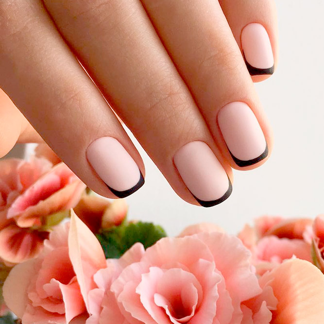 Elegant Black French Nails picture 2