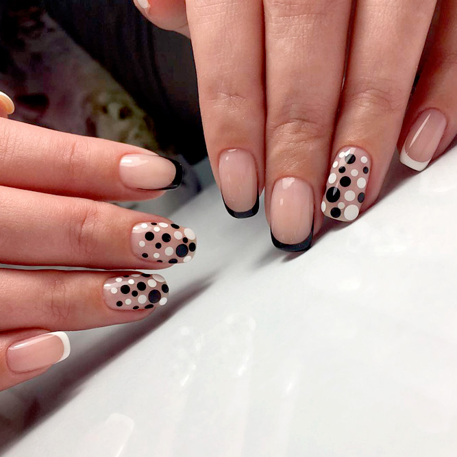 Elegant Black French Nails picture 3
