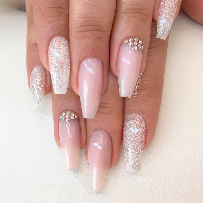 Exquisite Nude Coffin Nails picture 1