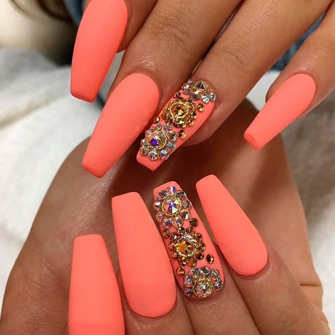 Try Cool U0421offin Shape Nails | NailDesignsJournal.com