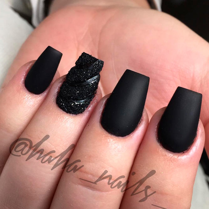 Trendy Matte Nails Ideas Picture 3