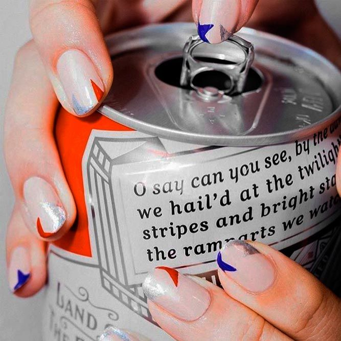 Beauty Fourth Of July Nails Art With Negative Space