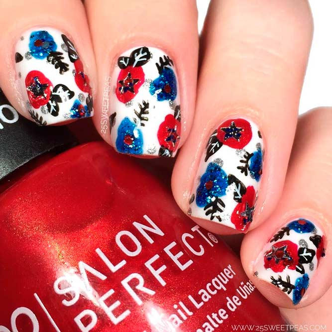 Unusual Flower Art For Fourth Of July Nails