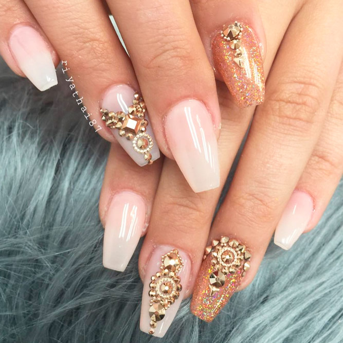 Amazing Gold Nail Art Ideas with Rhinestones picture 1