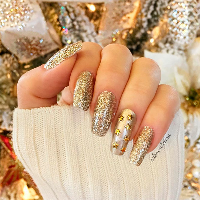 Fantastic Golden Nails For You To Try | NailDesignsJournal