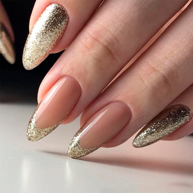 Sparkly Glitter French Tips #frenchnails #glitternails