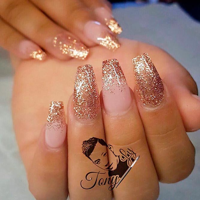Fancy Golden Glitter Nail Art Ensign - Nail Paint Design Ideas ...
