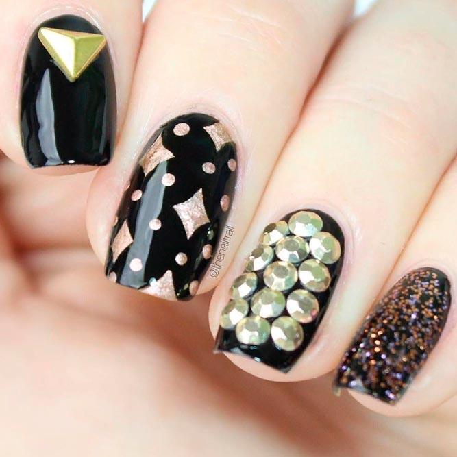 Gold Rhinestones Nail Art Design #blacknails #rhinestonesnails