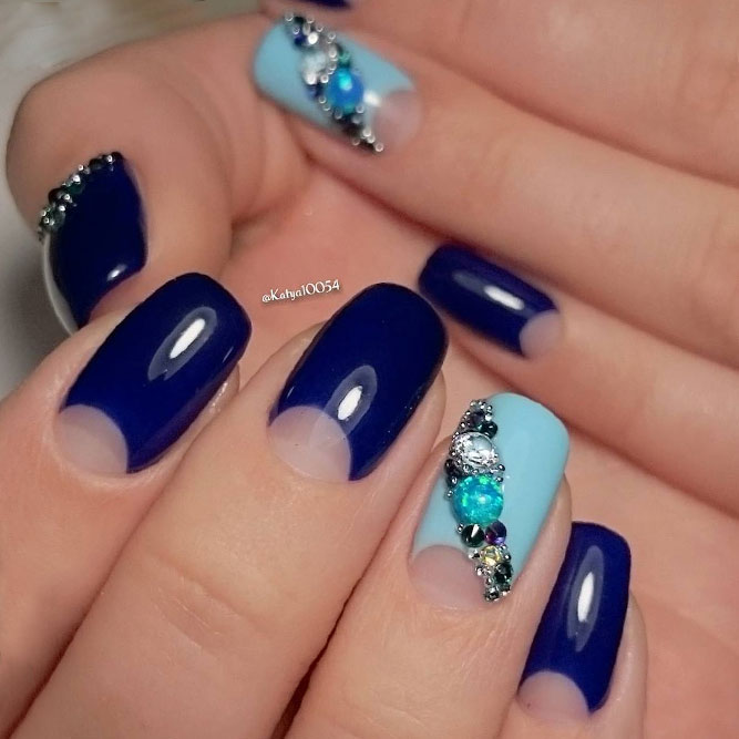 Bright Blue Summer Nail Colors picture 2