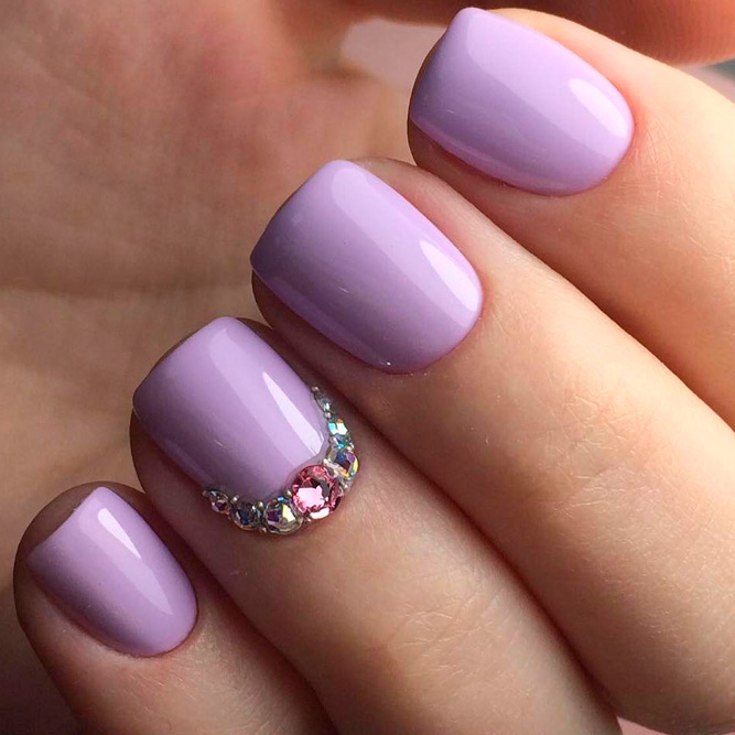 Soft and Romantic Summer Lavender Nails picture 1