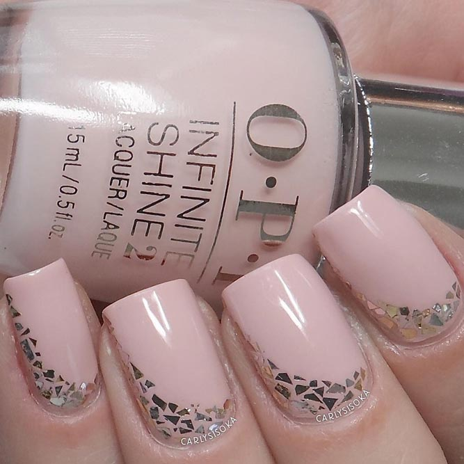Feminine Nude Pink Nails picture 3