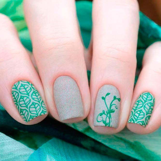Refreshing Green Nail Art Ideas picture 2