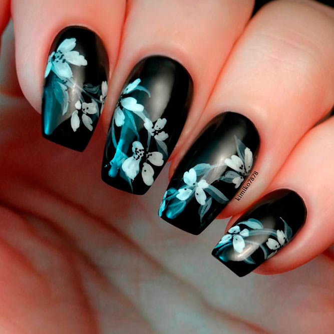 Chic modern nails to try this season naildesignsjournal elegant black nail art designs picture 2 prinsesfo Choice Image