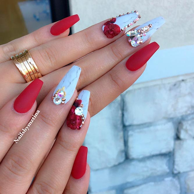 Elegant Red Acrylic Coffin Nails Picture 1