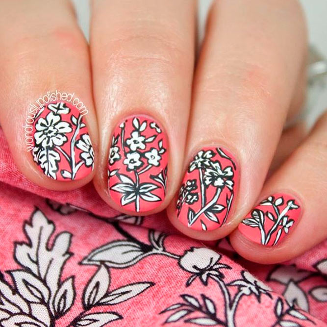 Lovely Summer Season Nails picture 1