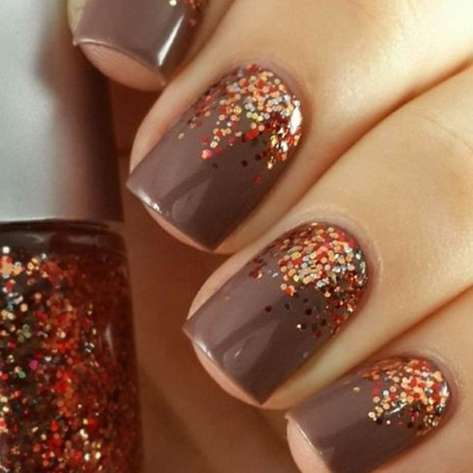 Warm Brown Nails with Glitter Ombre #obrenails #glitternails