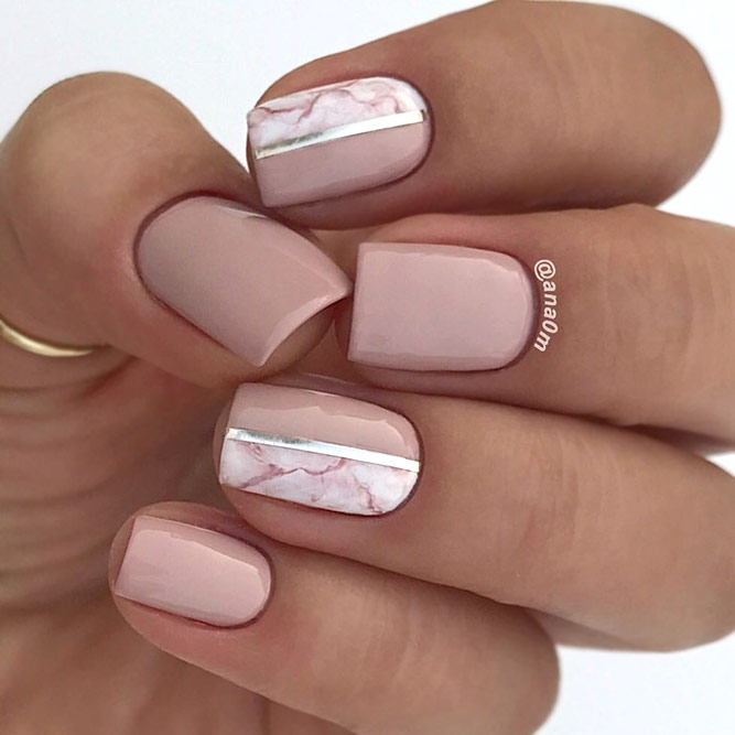 Delicate Marbled Accent For Sweet Nude Nails #Marblednails #nudenails