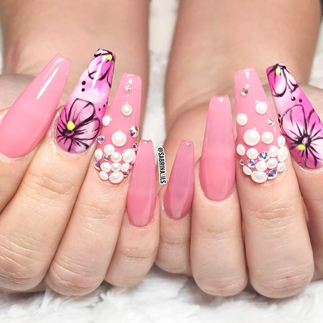 Elegant and Stylish Nail Designs picture 1