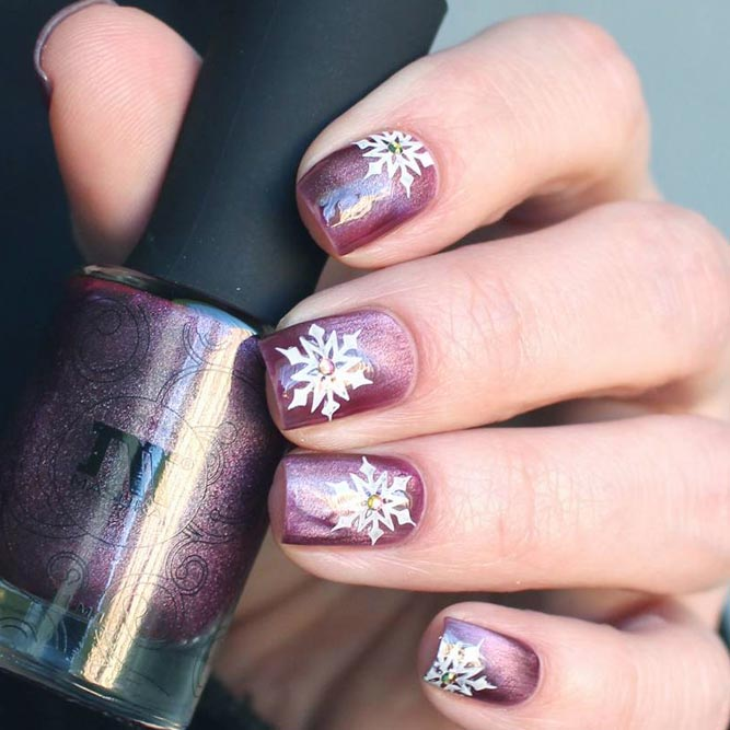 Season Nails with Sweet Snowflakes picture 1