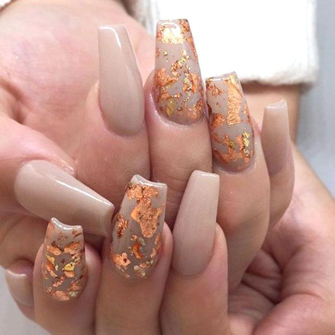 Taper Color Nails With Gold Foil #tapernails #goldfoilnails