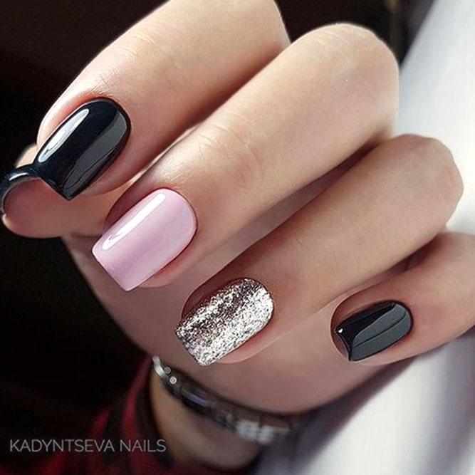 Two Tone Nails #blacknails #pinknails