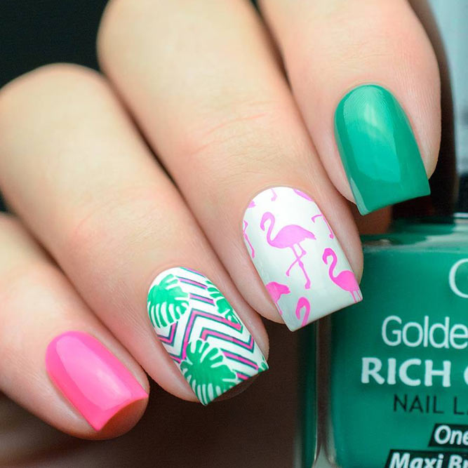 Bright Nail Designs to Finish Summer Look picture 1