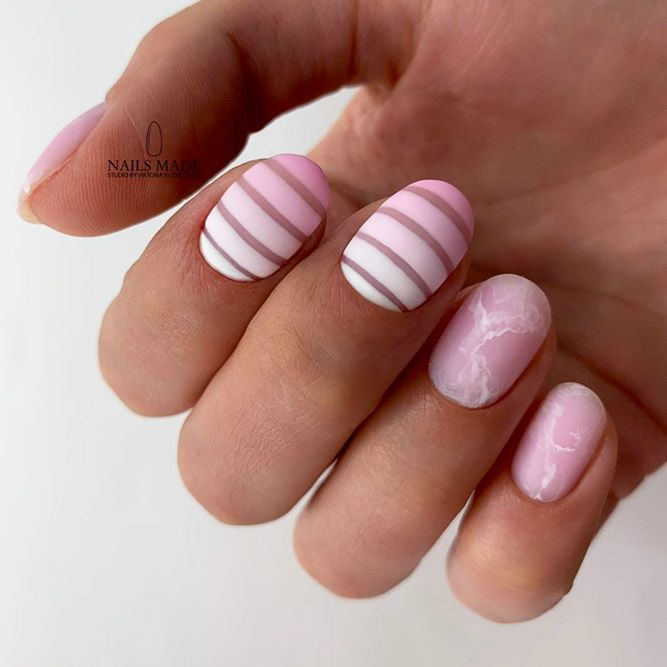 Minimalistic Horizontal Stripes For Nude Nails