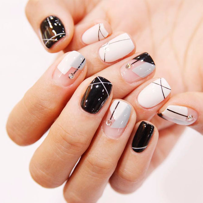 Incredible short nails for this season naildesignsjournal modern geometric nail art picture 1 prinsesfo Choice Image
