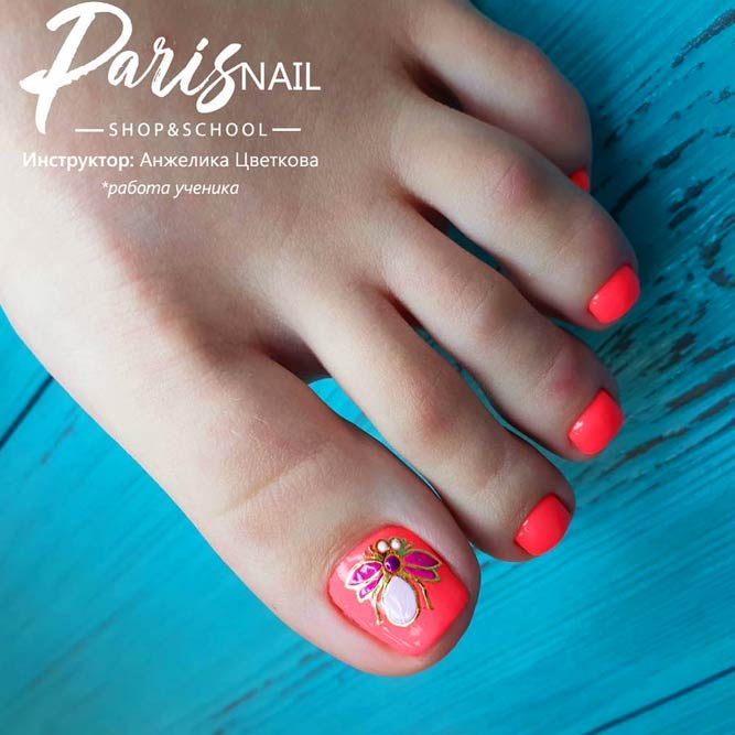 Butterfly Toe Nail Art