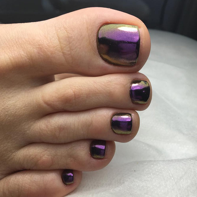 Toe Nails With Chrome Polish