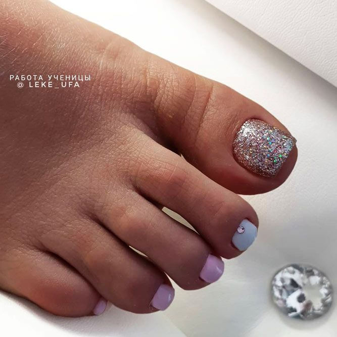 Bling Glitter Accent Toe Nail Art