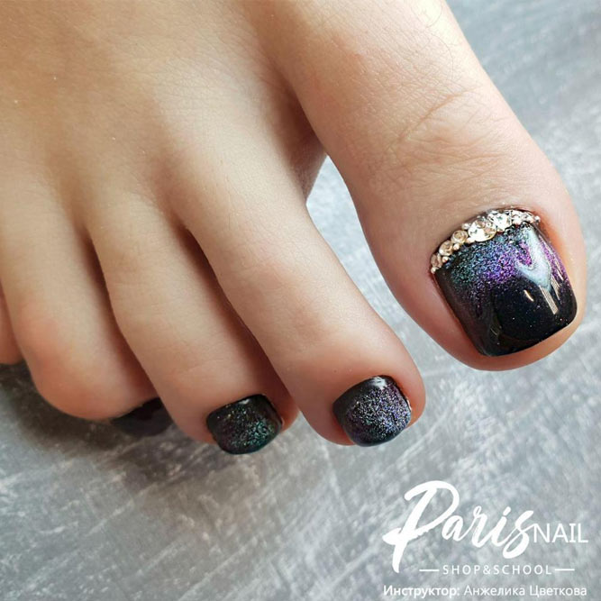 Black Toes With Glitter - Beautiful Toe Nail Art Ideas To Try NailDesignsJournal.com