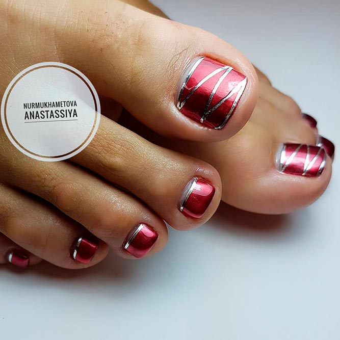 Stylish Pedicure With Stripes picture 3