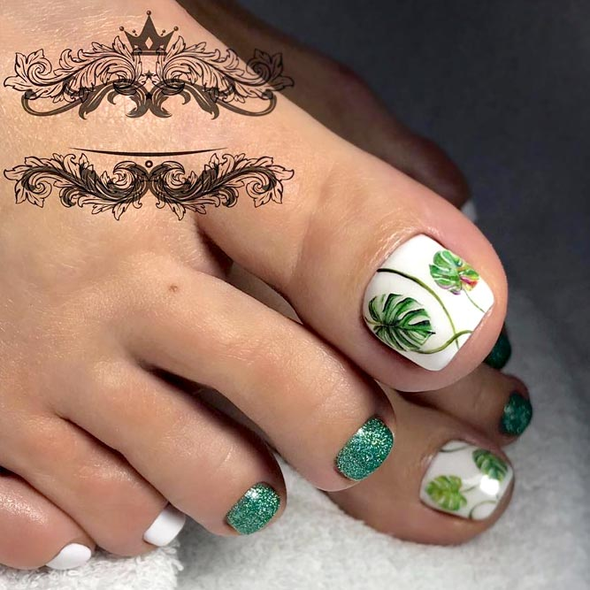 Tropical Design in White and Green Colors