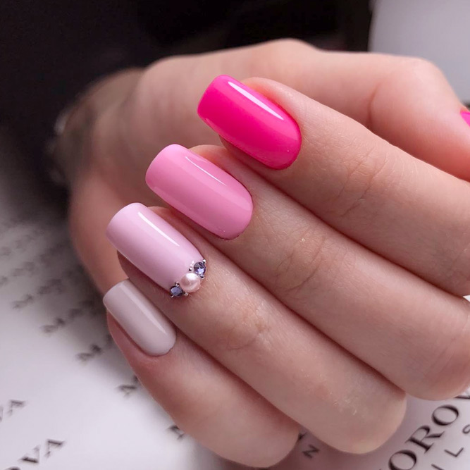 Romantic Pink Nails picture 2