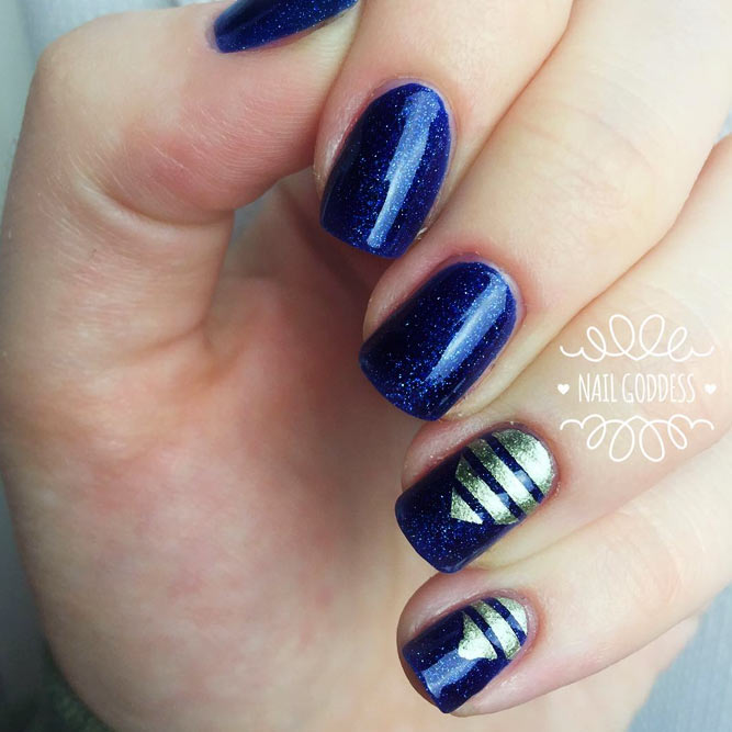 Popular Midnight Blue Nail Designs picture 2