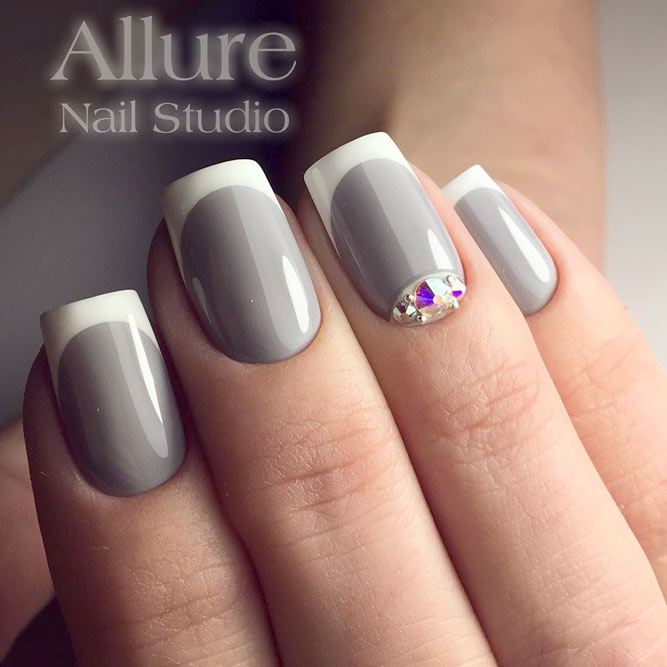 White And Gray Nails
